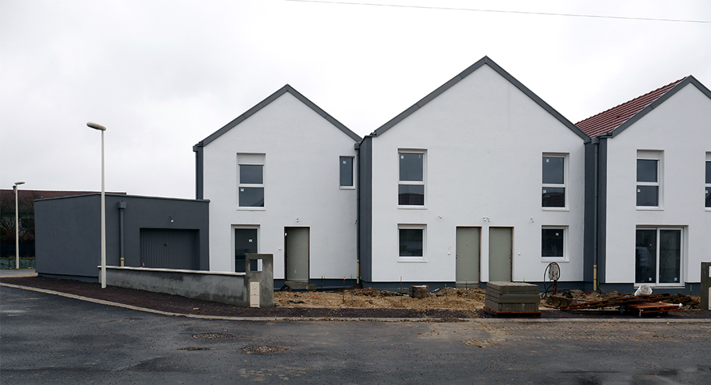 Chouette-architecture-7-logements-en-bande-Collonges-les-premières-700-4