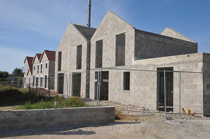 Chouette-architecture-7-logements-en-bande-Collonges-les-premières-700