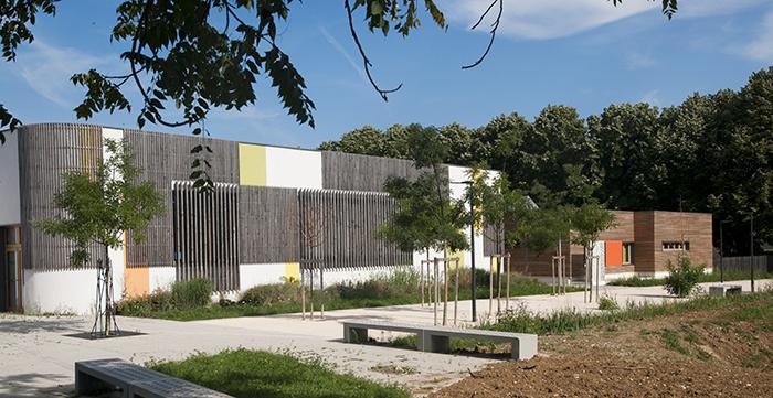 Chouette-architecture-EXTENSION-DES-ÉCOLES-MATERNELLE-ET-ÉLÉMENTAIRE-DU-GROUPE-SCOLAIRE-MONTMUZARD-Dijon-700-3
