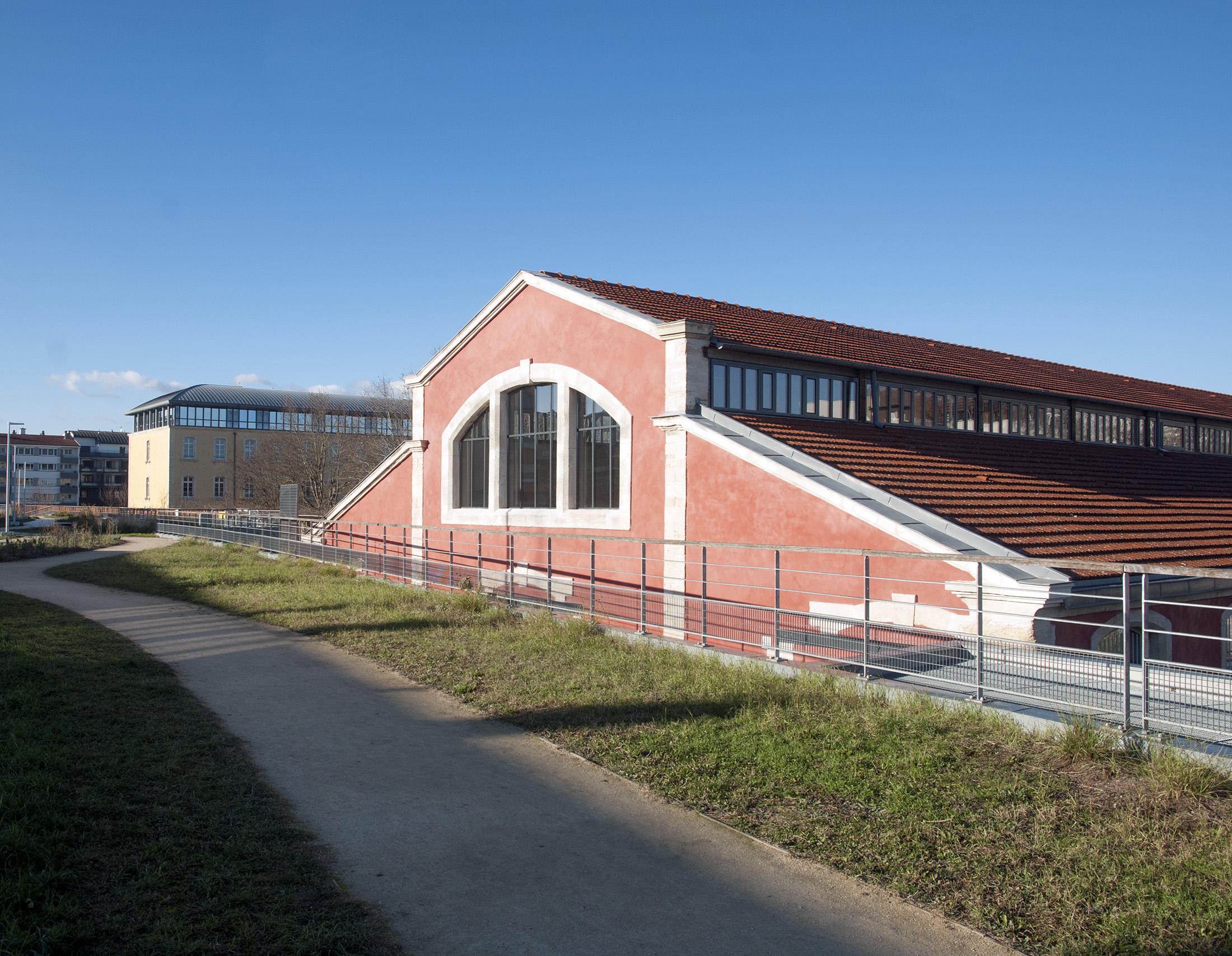 Chouette architecture - réhabilitation Halle 38 Dijon - 2200 23