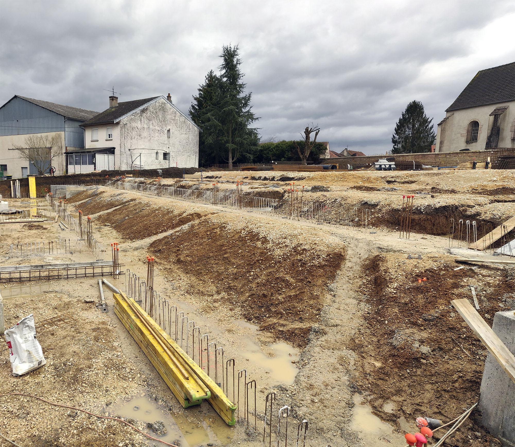 Chouette-architecture-école-élémentaire-Saint-Seine-en-Bâche-2000-2